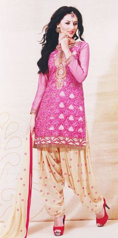 festive maternity salwar sets15  http://cherishmaternity.com  This 100% cotton beautiful embroiderd at the neck and bottom aline full sleeve kurta comes with beautiful patyala with
