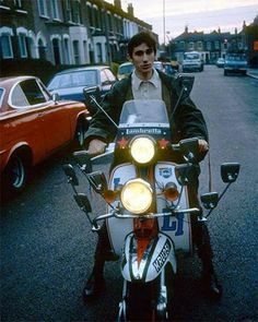 An iconic shot from Quadrophenia. Retro Scooter, Lambretta Scooter, Scooter Girl, Vespa Scooters, Uk Culture, My Babysitter, Mod Look, Pocket Bike, Triumph Tiger