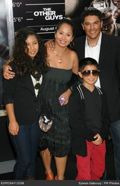 Nicholas Turturro and family