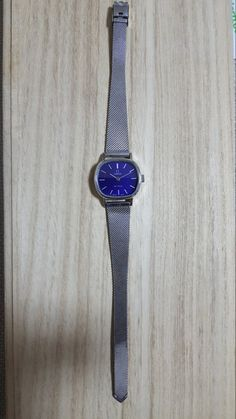 Check out this item in my Etsy shop https://www.etsy.com/listing/480179274/omega-de-ville-vintage-womens-watch-good
