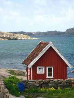 Our tips for 25 fun things to do in Sweden: http://www.europealacarte.co.uk/blog/2011/10/13/what-to-do-in-sweden/
