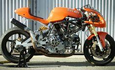 "Radical Ducati S.: From Australia Brendan ""Radicalize"" his SS ! Ducati Cafe Racer, Moto Ducati, Ducati Motorcycles, Vintage Motorcycles, Cafe Racers, Ducati Supersport, Ducati Hypermotard, Ducati Sport Classic, Custom Cafe Racer"