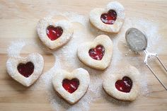 I made these for Valentines Day.. Some with mixed berry preservatives.. Some with Nutella.. And some with cream cheese frosting.. So yummy! -Kelli