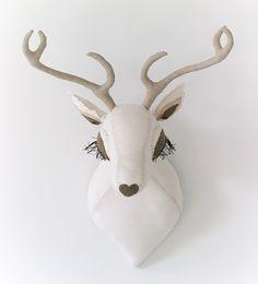 tamar mogendorff - Deer Head: White with natural Antlers