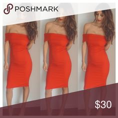 Red holiday dress Beautiful lined red dress perfect for holidays ! Dresses Maxi
