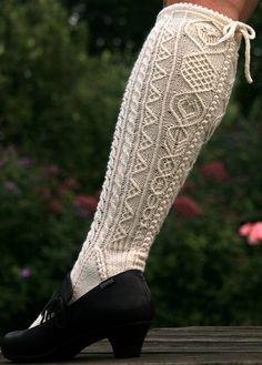 Ravelry: Zum Dirndl pattern by Yarnissima