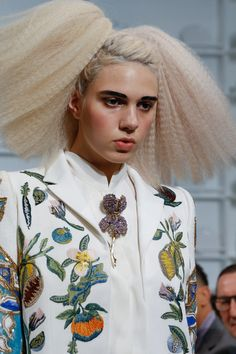 Schiaparelli Spring 2016 Couture Fashion Show Details OVER EMBELLISHED BROOCH