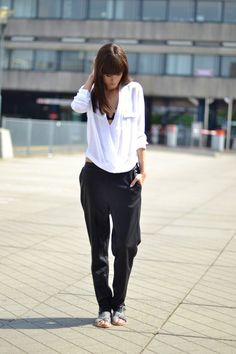 Slouchy leather pants + slides