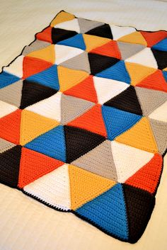 All Things Bright and Beautiful: Crochet Triangle Blanket Pattern