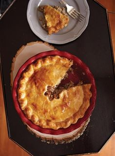 Brie and Cranberry Quiche Recipes Cooked Pork Recipes, Meat Recipes, Quiche Recipes, Curry Recipes, Tourtiere Recipe Quebec, Tourtiere Meat Pie Recipe, Tortiere Recipe, Ham Pot Pie, French Meat Pie