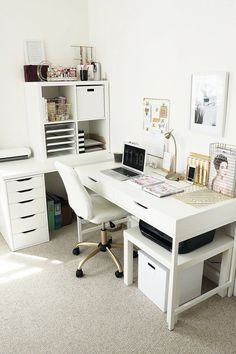 home office ideas for women / home office . home office ideas . home office design . home office decor . home office organization . home office space . home office ideas for women . home office setup Home Office Design, Home Office Decor, Home Decor, Office Decorations, Office Designs, Decor Room, Interior Office, Interior Livingroom, Bathroom Interior