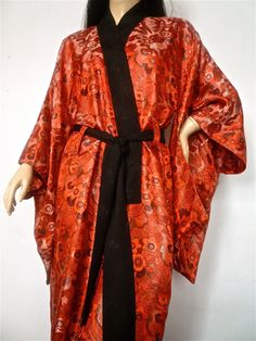 ON SALE Opulent  60s red and peach satin floral kimono robe