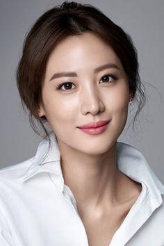 Famous female asian actors