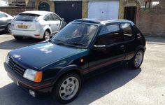 INFO GUIDE: 1987 - 1990 Peugeot 205 GTI Phase 1.5 (1.9l) | classicregister Renault 5 Gt Turbo, Final Drive, Engine Block, Belt Drive, Engine Types, Grey Carpet, Rear Brakes, Manual Transmission, Grey Leather