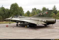 Discover Some Tricks To Getting Cheap Airfare Saab 35 Draken, Airplane Design, Photo Online, World War Two, Heavy Metal, Denmark, Air Force, Fighter Jets, Aviation