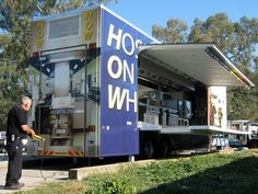 At Mobile Cafeteria Kitchen Rental Los Angeles, we are best equipped to handle professional kitchen rental requirements.we also offer Mobile Kitchen Rentals, Temporary Kitchen Rentals, Emergency Kitchen Rental Professional Kitchen, Houston