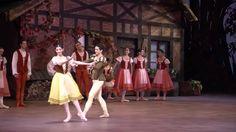 Giselle in einer klassischen Choreographie in der Spielzeit 2012/13. (Video des Badischen Staatstheaters Karlsruhe; Lizenz: Standard-YouTube-Lizenz)