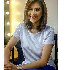 Filipina Beauty, Haircut For Thick Hair, Geronimo, Shoulder Length, Beautiful Celebrities, Casual Outfits, Hair Cuts, T Shirts For Women, Filipino