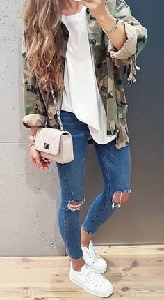 casual style obsession | khaki jacket + top + bag + rips + sneakers