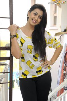 Stylish Girl Images, Tamil Actress Photos, Most Beautiful Indian Actress, Tamil Movies, Girls Image, Indian Girls, Indian Actresses, Divas, Selfie