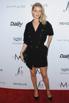 """Pin for Later: Das """"Who is Who"""" der Mode feierte bei den Daily Front Row Awards Rosie Huntington-Whiteley"""