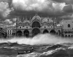 Esto tampoco es #Photoshop ven'Sightseeing was a Blast', de Thomas Barbèyecia1