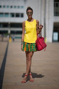 Yellow tank-top with mini printed skirt & vibrant pink Céline bag #nyfw | Street Style New York #Fashion Week Spring 2014 #spring2014