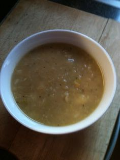 Credit : http://vicki-kitchen.blogspot.com/        Another tasty warming soup recipe , I take soup for my lunch in work  every day ...