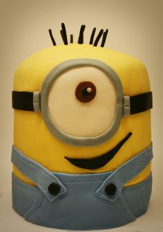 This guy would be easy without hands and legs, but still just as cute. tall cake looks like minion