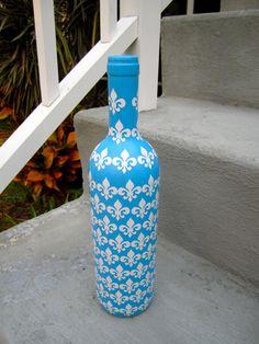 fleur de lis bottle