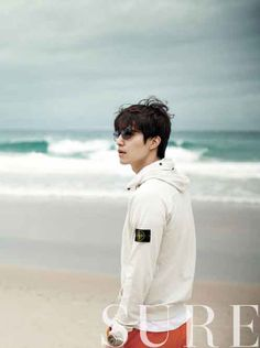 Lee Dong Wook hangs out in Australia for 'SURE' magazine