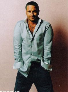 Oh Gerry, how you mesmerize me! ~ Gerard Butler style