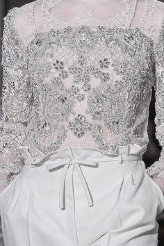 Ribbon Detail at Valentino Couture   Spring 2012