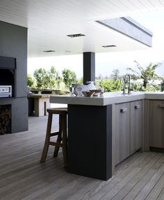 Outdoor Kitchen Ideas - Modern Outside dining kitchen