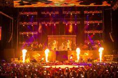Big Nelo e C4 Pedro incendiaram o palco do Campo Pequeno em Lisboa http://angorussia.com/?p=18476