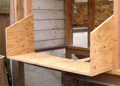 Build a Chicken Coop – Raising Chickens Diy Chicken Coop Plans, Chicken Coop Designs, Backyard Chicken Coops, Building A Chicken Coop, Chickens Backyard, Chicken Life, Chicken Runs, Chicken Houses, Farm Chicken