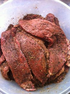 Biltong is delicious when done right. Too much seasoning will make it too salty … Biltong is delicious when done right. Too much seasoning will make it too salty … – South African cooking – Oxtail Recipes, Jerky Recipes, Venison Recipes, Sausage Recipes, Snack Recipes, Cooking Recipes, How To Cook Edamame, Charcuterie Recipes, Biltong