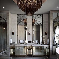 First day of the new year deserves a glam shot... FR luxury mansions…