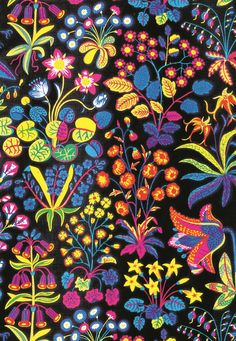 Under Ekvatorn is one of the boldest linen cretonnes that Josef Frank designed. He designed this luxurious print in September - Textile Under Ekvatorn, Linen Under Ekvatorn, Black, Josef Frank Textile Prints, Textile Patterns, Textile Design, Print Patterns, Flower Patterns, Flowers Black Background, Black Background Wallpaper, Background Colour, Surface Pattern Design