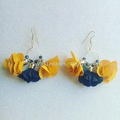 Fabric Jewelry, Handmade Art, Fabric Flowers, Fashion Earrings, Tassels, Jewelery, Creations, Drop Earrings, Crafts