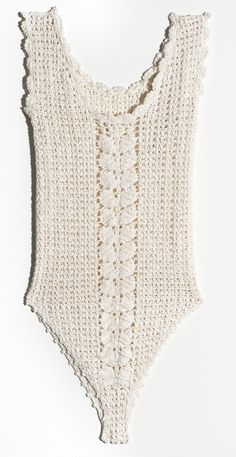 crochet body by Vanessa Montoro Vanessa Montoro, Gilet Crochet, Knit Crochet, Knooking, Crochet Lingerie, Crochet Bathing Suits, Crochet Designs, Crochet Bikini Pattern, Crochet Dresses