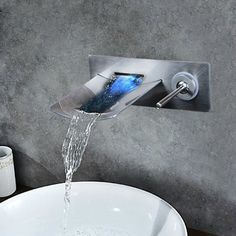 82.09$  Watch here - http://aliw3b.worldwells.pw/go.php?t=32347539692 - Soild Brass LED Light Waterfall Brushed Nickel Wall Mounted Bathtub Faucet Torneira 97142 Shower Bathroom Sink Faucet,Mixer Taps 82.09$