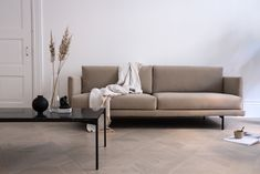 Hakola sofa in a minimalist Finnish living room - Wohnzimmer - Beige Sofa Living Room, Living Room Bench, Home Design, Minimalist Sofa, Home And Deco, Interior Design Inspiration, Living Room Designs, Decorating Websites, Decorating Tips