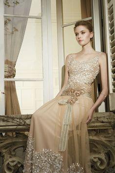 6c13f61e6 Vestido de novia Patricia Avendaño en Eva Novias Madrid.  vestido   coleccion  modamujer  tendencia  bodas  bridalinspiration  dress  fashion