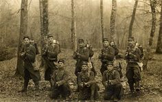 French troops at the ready (MF). WW I