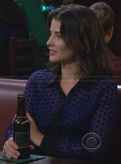 Robin's blue polka dot shirt with black trim and collar on How I Met Your Mother Polka Dot Shirt, Blue Polka Dots, How Met Your Mother, Robin Scherbatsky, Cool Outfits, Casual Outfits, I Meet You, Business Outfits, Celebs