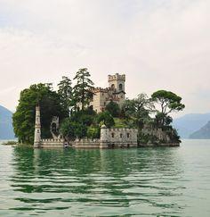 Isola di Loreto Castle, Lombardia / Italy