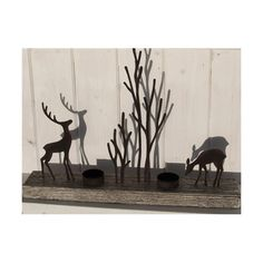 Create that Christmas woodland mood with this uniquely designed item from Shoeless Joe.