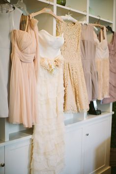 Gorgeous mix of subtle hues.  Cmostr Photography http://www.stylemepretty.com/2014/06/11/