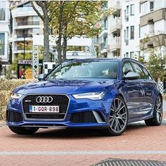 Titanium trim - still a rare sight on the RS6 performance RS6 Avant - 605hp - 8 cylinders pic @sh_carphotography ---- oooo #audidriven - what else ---- . . . . #Audi #RS6 #AudiRS6 #RS6Avant #blue RS6 #quattro #4rings #blue #carporn #drivenbyvorsprung #Audicolor #carsbyaudisport #audisport #rs6performance